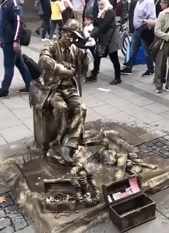 Watch and share This Statue  GIFs by LimeLights  on Gfycat