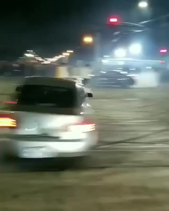 P10_WRC, Dumbasses doing donuts in the street. GIFs