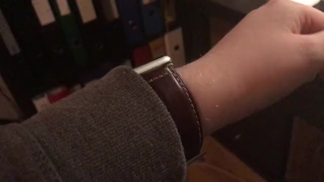 Watch and share Applewatch GIFs by julianf6 on Gfycat