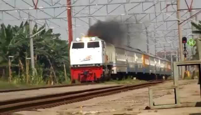 train, trains, transportation, Train fire GIFs
