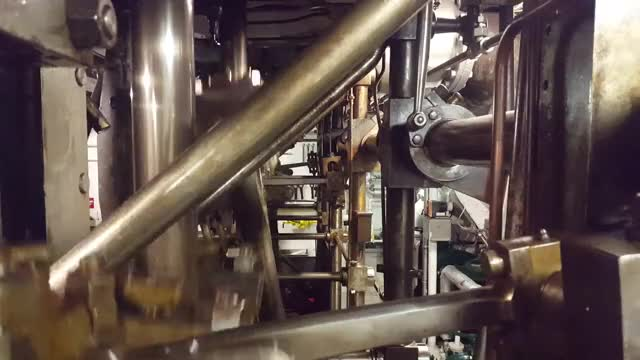 Watch Quad expansion steam engines. GIF on Gfycat. Discover more MachinePorn, machineporn GIFs on Gfycat