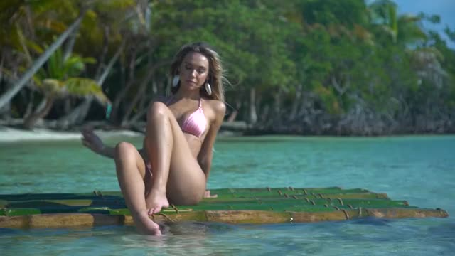 Watch and share Alexis Ren GIFs by LeftPhalange on Gfycat