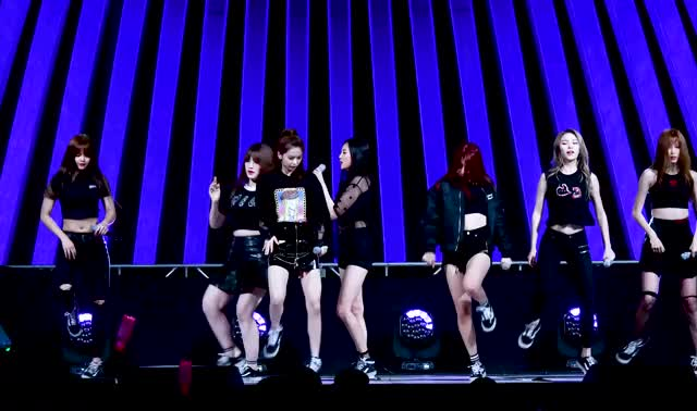 Watch and share Clc GIFs by tozima95 on Gfycat