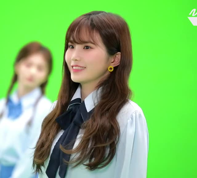 Watch and share Fromis 9 Hayoung G24e92EhjJY-2 GIFs by Mecha熊 ✔️  on Gfycat