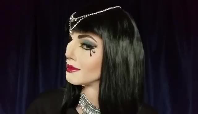 Watch Mummified Cleopatra Makeup Tutorial GIF on Gfycat. Discover more related GIFs on Gfycat