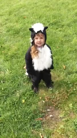 Watch and share Little Girl Shows Off Her Epic Homemade Skunk Costume GIFs by natsdorf on Gfycat