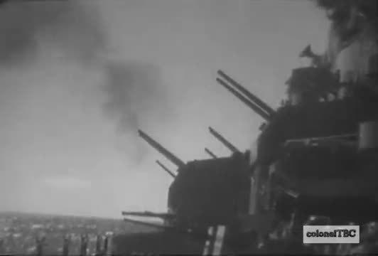 WarshipGfys, warshipgfys, USS Missouri (BB-63) testing 5-inch guns - September 1950 (reddit) GIFs