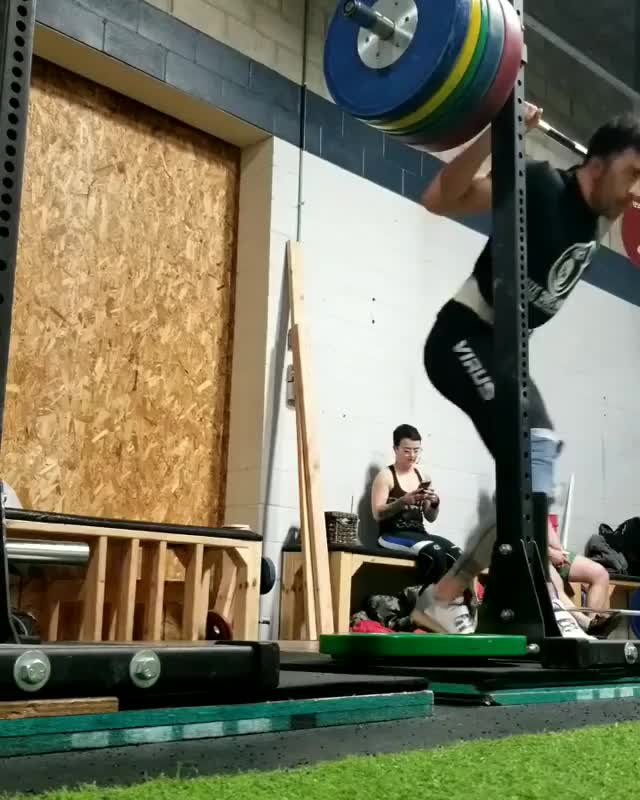 Watch and share 190kg X2 GIFs by ckt600cc on Gfycat
