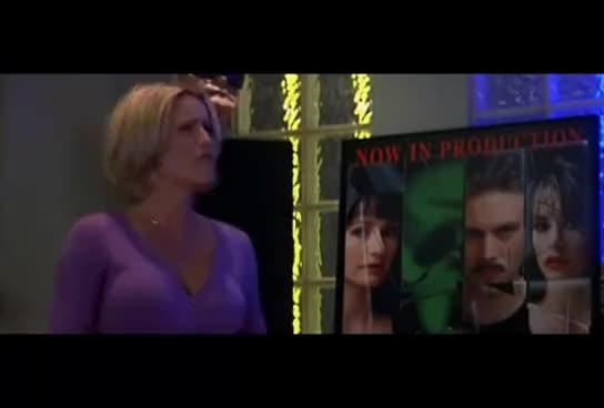 jenny mccarthy, Scream 3: Jenny McCarthy as 'Sarah Darling' GIFs