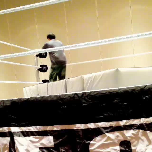 Ricardo Rodriguez, Rodriguez, TBT, flips, #TBT ... Goofing around at the Mania practice ring  GIFs