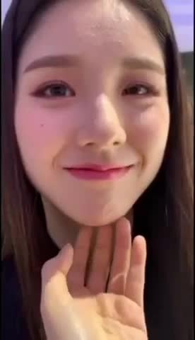 Watch and share [이달의소녀킼킼 #69] GIFs by Keith Ng on Gfycat