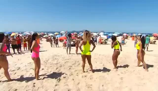 Watch and share EM BUSCA DA NOVINHA DO FUNK - E01 GIFs on Gfycat