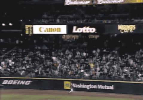 baseball, home run, homerun, ichiro suzuki, mariners, rob, seattle, seattle mariners, Ichiro - homerun rob 1 GIFs