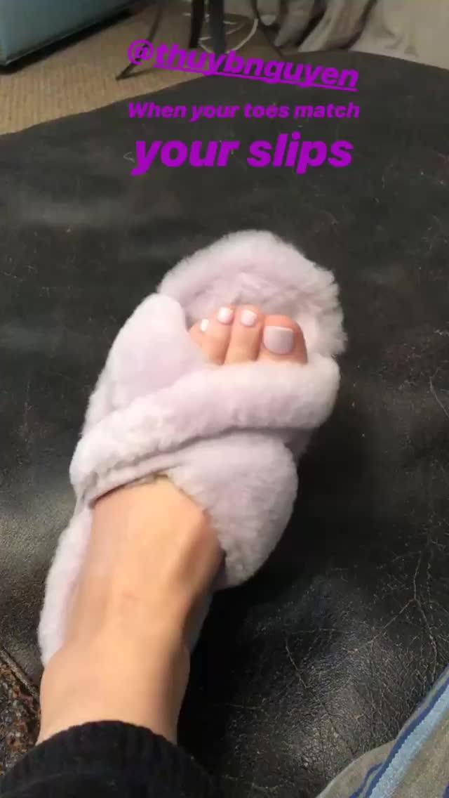 Feet, LucyHale, Lucy Hale GIFs