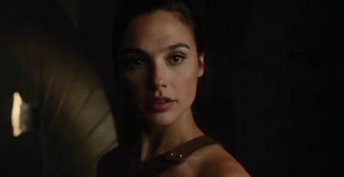 gal gadot, Looking GIFs