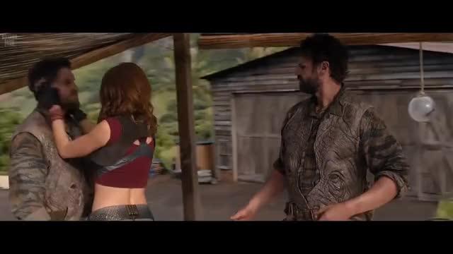 Watch Jumanji en la Selva - Seductora de hombres (2017) GIF on Gfycat. Discover more related GIFs on Gfycat