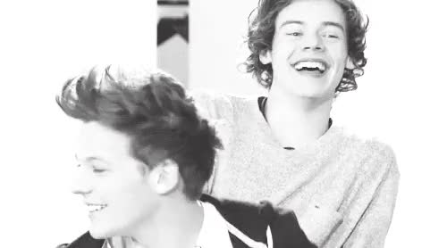 Watch and share Larry Stylinson GIFs and Louis Tomlinson GIFs on Gfycat