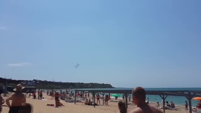 Watch Ka-50/52 buzzing a Crimean beach GIF by @snokng on Gfycat. Discover more MilitaryGfys, crimea, ka-50/52 GIFs on Gfycat