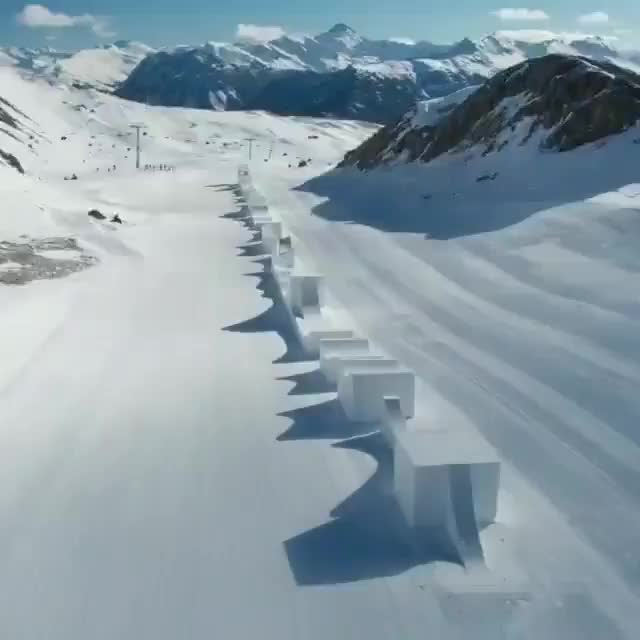 Watch This smooth snowboard course GIF by tothetenthpower (@tothetenthpower) on Gfycat. Discover more related GIFs on Gfycat