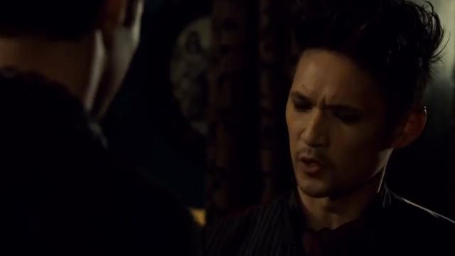 Watch Magnus 4 GIF on Gfycat. Discover more 3x05, episode, magnusbane, scene, season, shadowhunters GIFs on Gfycat