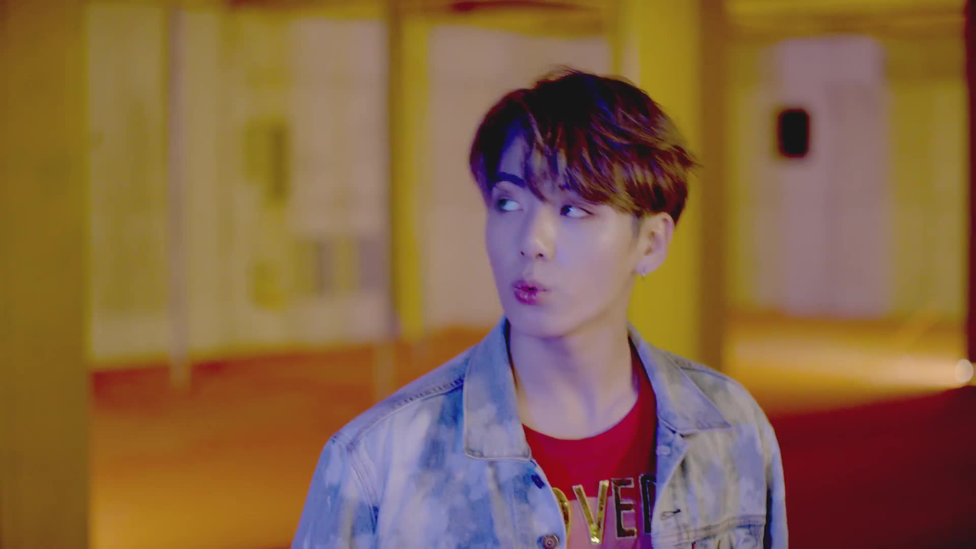 JungKook (BTS) khiến fan lụi tim khi chiếm trọn spotlight trong teaser trở lại