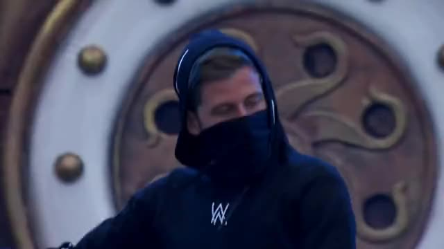 Watch Alan Walker GIF on Gfycat. Discover more belgium, boom, edm, festival, music, tomorrowland GIFs on Gfycat
