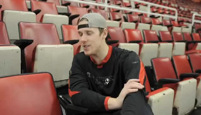 Watch Howie 3.0 GIF on Gfycat. Discover more Jimmy Howard GIFs on Gfycat