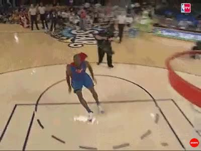9d13f70135c9 10 best dunks in slam dunk contest history (GIFs) GIF