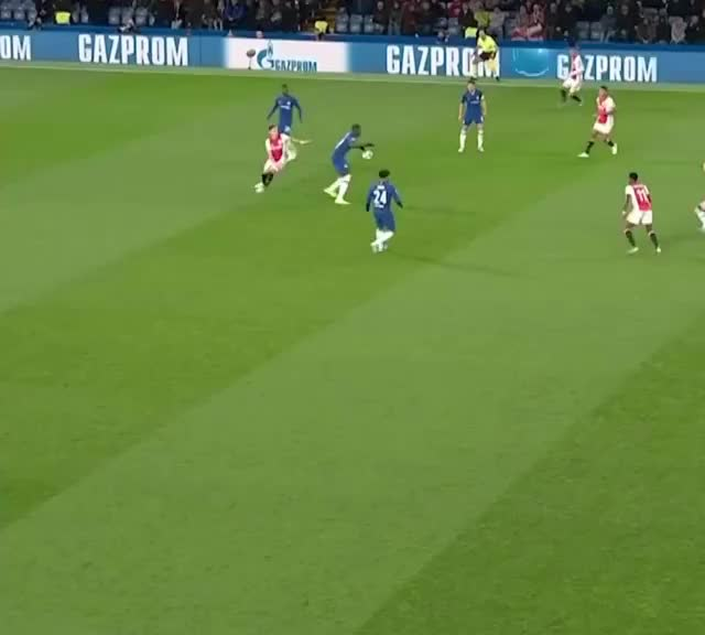 Watch and share Football GIFs and Chelsea GIFs by Helmi.Cappuccino on Gfycat