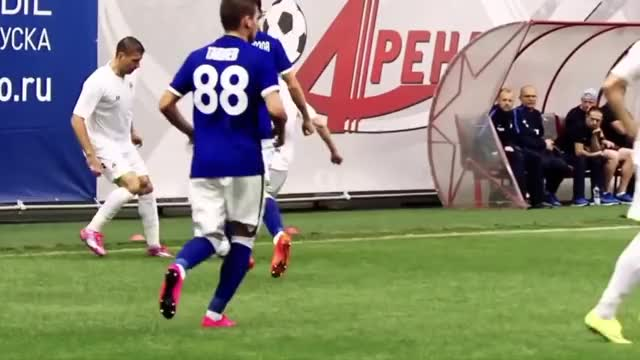 Watch and share Александр GIFs and Зинченко GIFs by footballski on Gfycat
