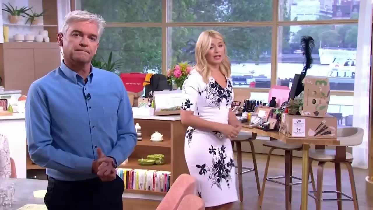 GIF Brewery, TheHollyWilloughby, holly-willoughby-just-looking-wow, Holly in White dress GIFs