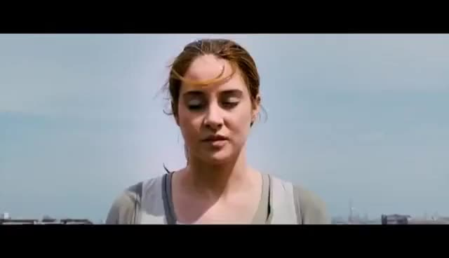 "Watch Divergent - ""First Jumper"" Exclusive Movie Clip #6 (2014) GIF on Gfycat. Discover more related GIFs on Gfycat"