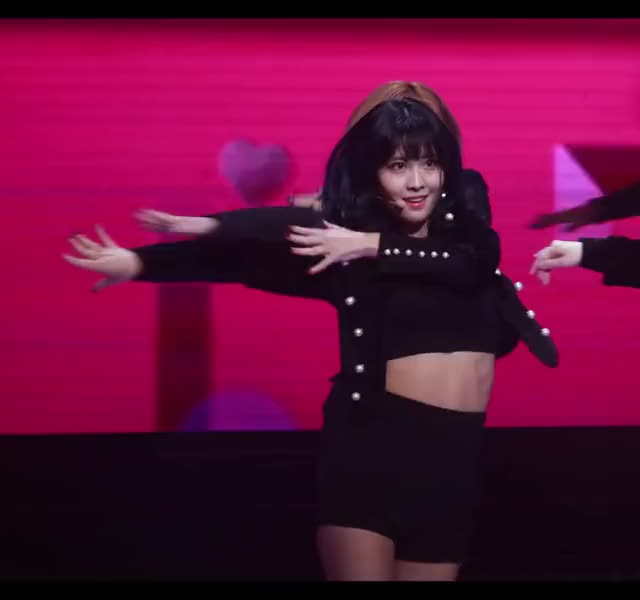 Watch this momo GIF by Blueones (@blueones) on Gfycat. Discover more dancing, kpop, momo, twice GIFs on Gfycat
