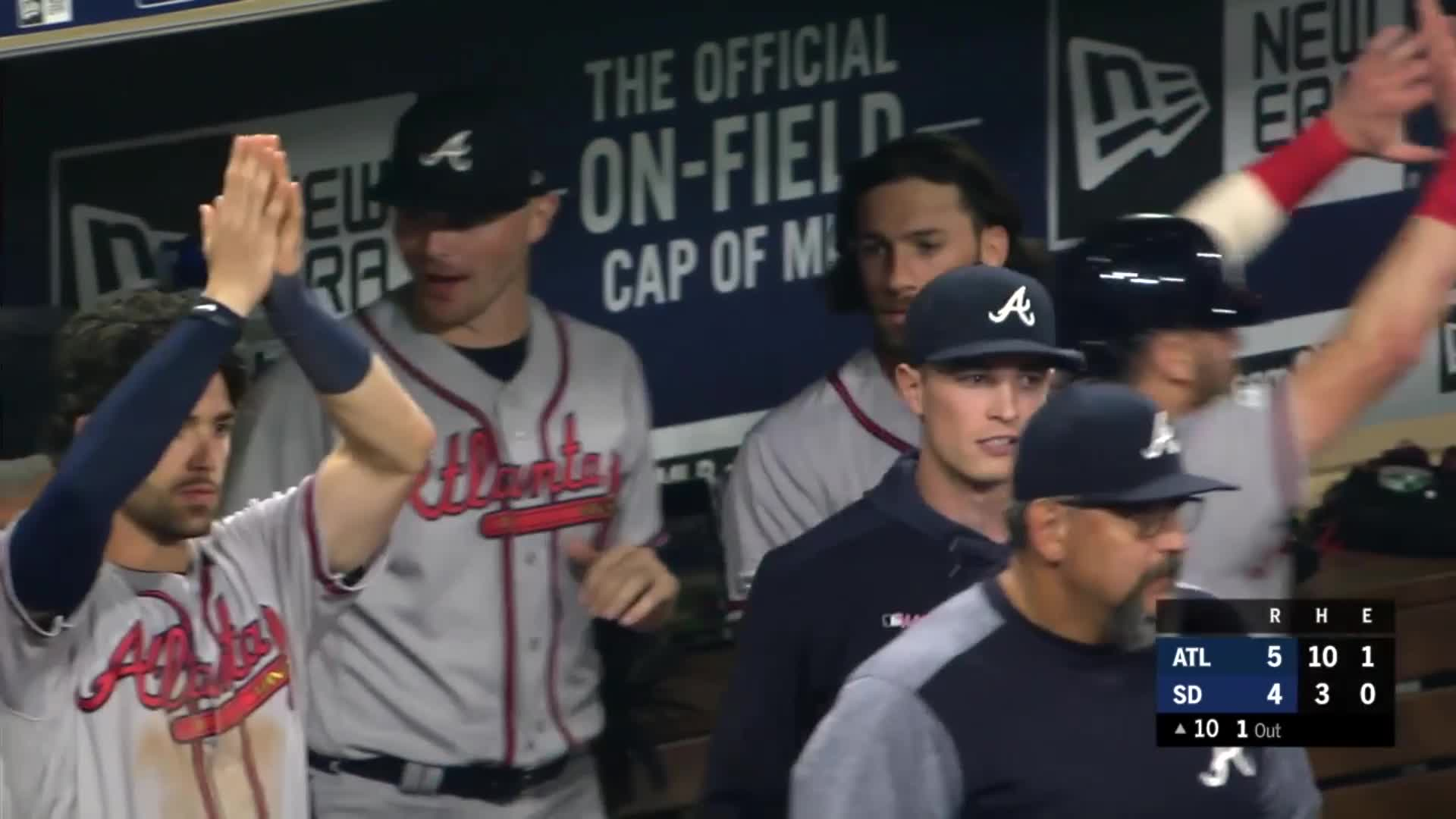 atlanta, atlanta braves, baseball, braves, san diego padres, Dansby Swanson clapping for Ozzie Albies. GIFs