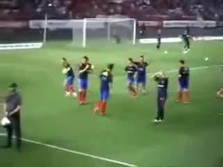 Juan Mata owns Albiol