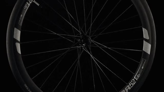 The Flectr 360 Bicycle Wheel Reflector Reflects Light From All Sides