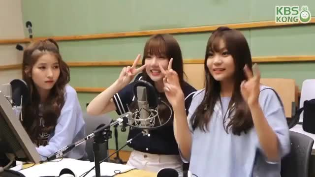 Watch and share Gfriend GIFs and Yerin GIFs by gamblor on Gfycat