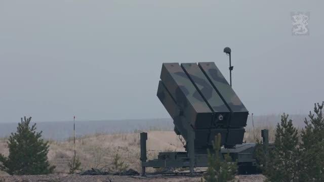 Watch Täysosumia alusta loppuun  - Valtakunnallinen ilmapuolustusharjoitus 1/16 GIF on Gfycat. Discover more militarygfys GIFs on Gfycat
