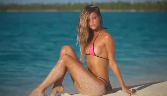 Watch and share Nina Agdal GIFs on Gfycat