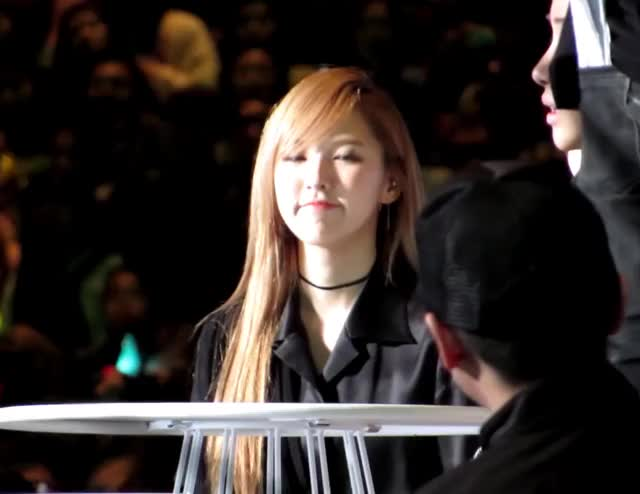 Watch and share Red Velvet GIFs and Wendy GIFs by rvpop94 on Gfycat