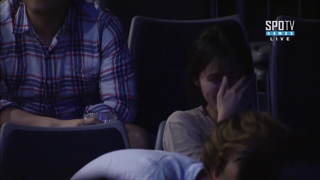brawlhalla, starcraft, Cute couple watching SPL (reddit) GIFs