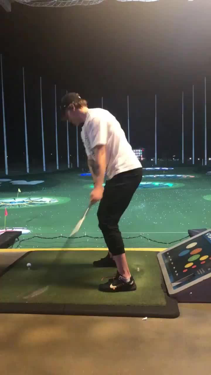 Alex Alexeyev golfing GIFs