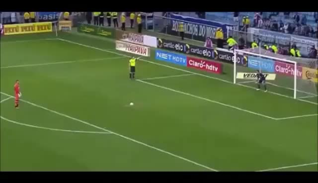 Watch Goleiro Weverton perde pênalti contra Grêmio. GIF on Gfycat. Discover more related GIFs on Gfycat