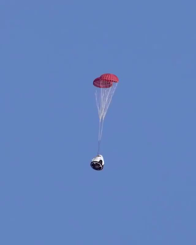 Watch and share Crew Dragon Parachute System, SpaceX GIFs by Jackson3OH3 on Gfycat
