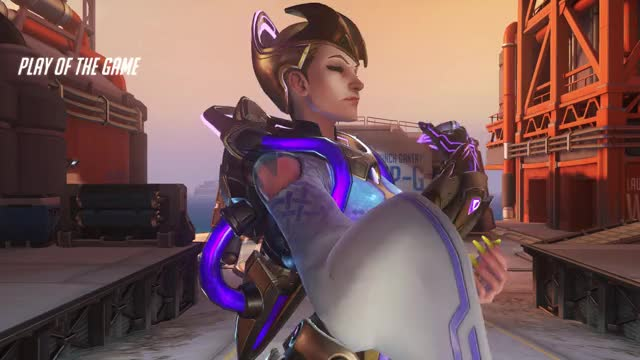 Watch and share Overwatch GIFs by Kiss Leona on Gfycat