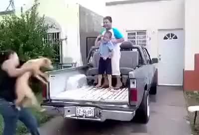 Watch and share Niño Gordito Cae De Camioneta Y Queda Sentado GIFs on Gfycat