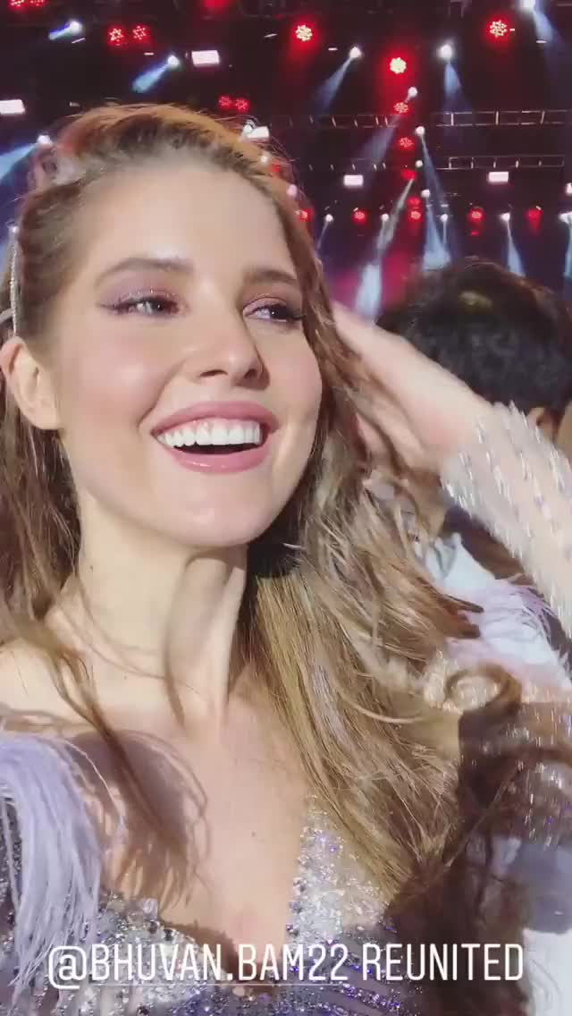 Watch and share Amandacerny 2019-04-04 04:43:43.027 GIFs by Pams Fruit Jam on Gfycat