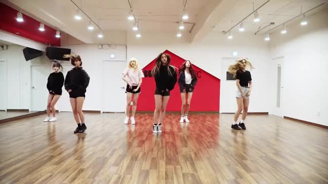 Watch Fingertip Dance Break pt 2 GIF by Costamermaid (@costamermaid) on Gfycat. Discover more dance break, dance practice, fingertip, gfriend, source music, 여자친구, 핑거팁 GIFs on Gfycat