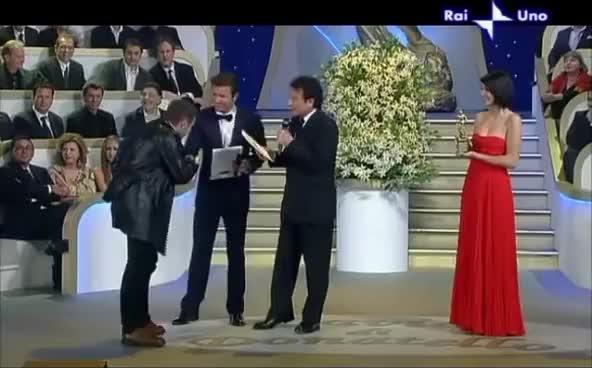 Watch 3D italian award show GIF on Gfycat. Discover more award, italian, show GIFs on Gfycat