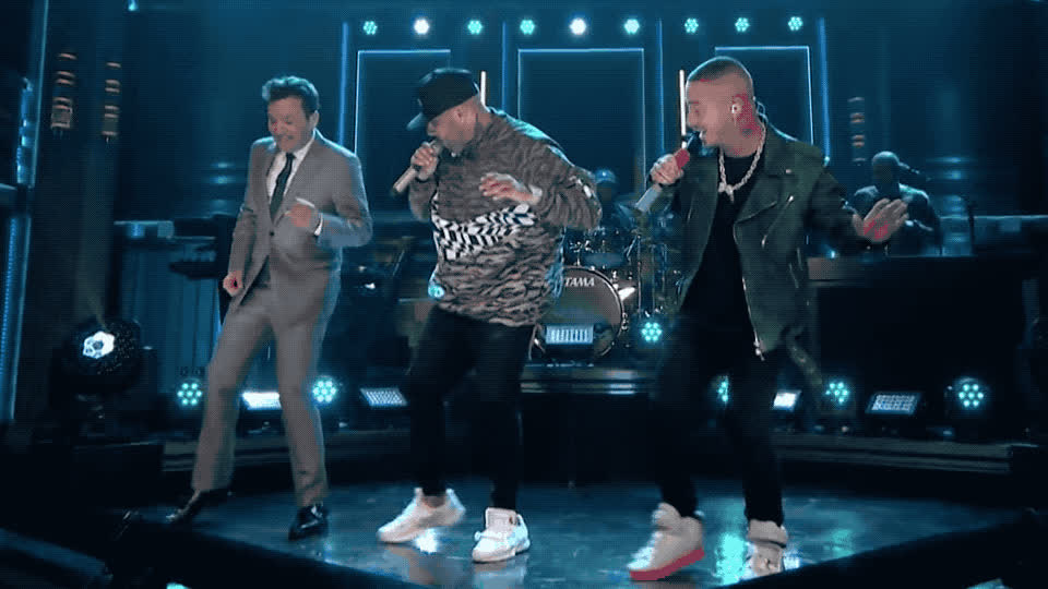 balvin, celebrate, dance, dancing, fallon, foot, gente, happy, j, jam, jimmy, legs, medley, mi, nicky, party, show, sing, tonight, x, J Balvin and Nicky Jam - Mi gente/ X Medley GIFs